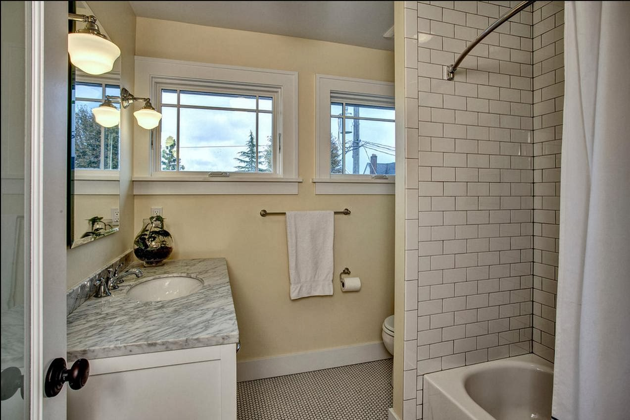 Delorme designs small bathrooms use what you 39 ve got for Small bathroom design houzz