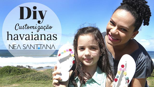 Nea Santtana e Sofia ensinam a customizar uma sandália havaianas.