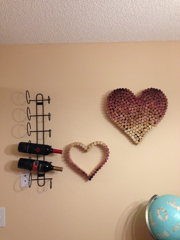 Apartment bar wine corks : Post Grad Crafting: September