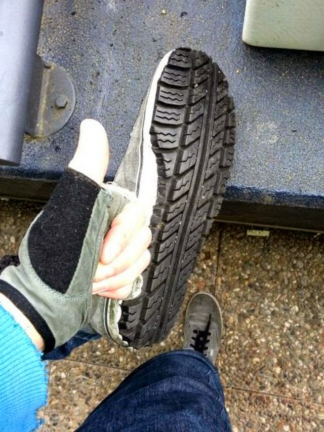 How To Fix Your Sneakers Using Old Tires (16 Pics), repair your shoes diy, how to repair shoes