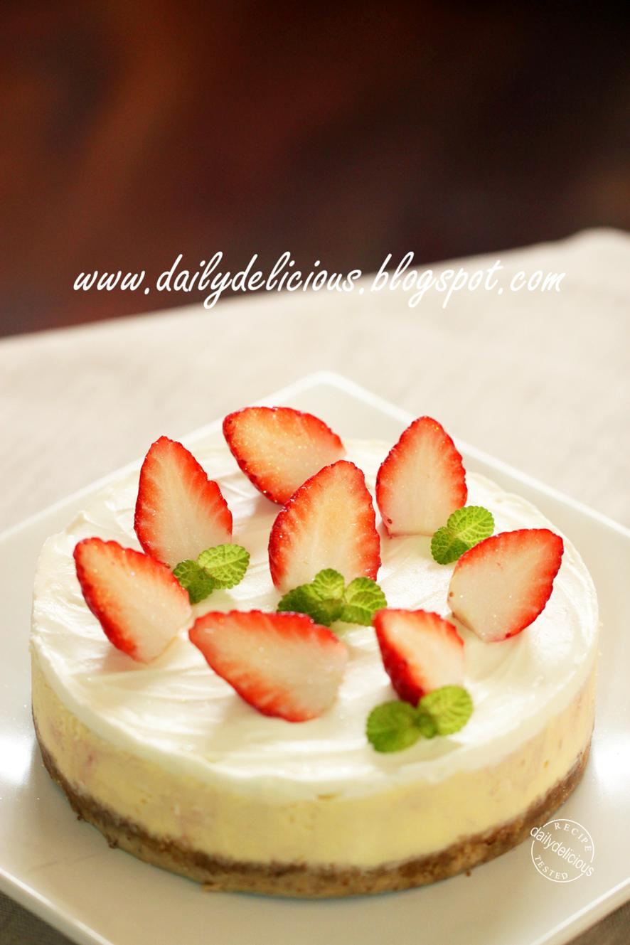 dailydelicious: Strawberry cheesecake: My cake is sweet and so are you ...