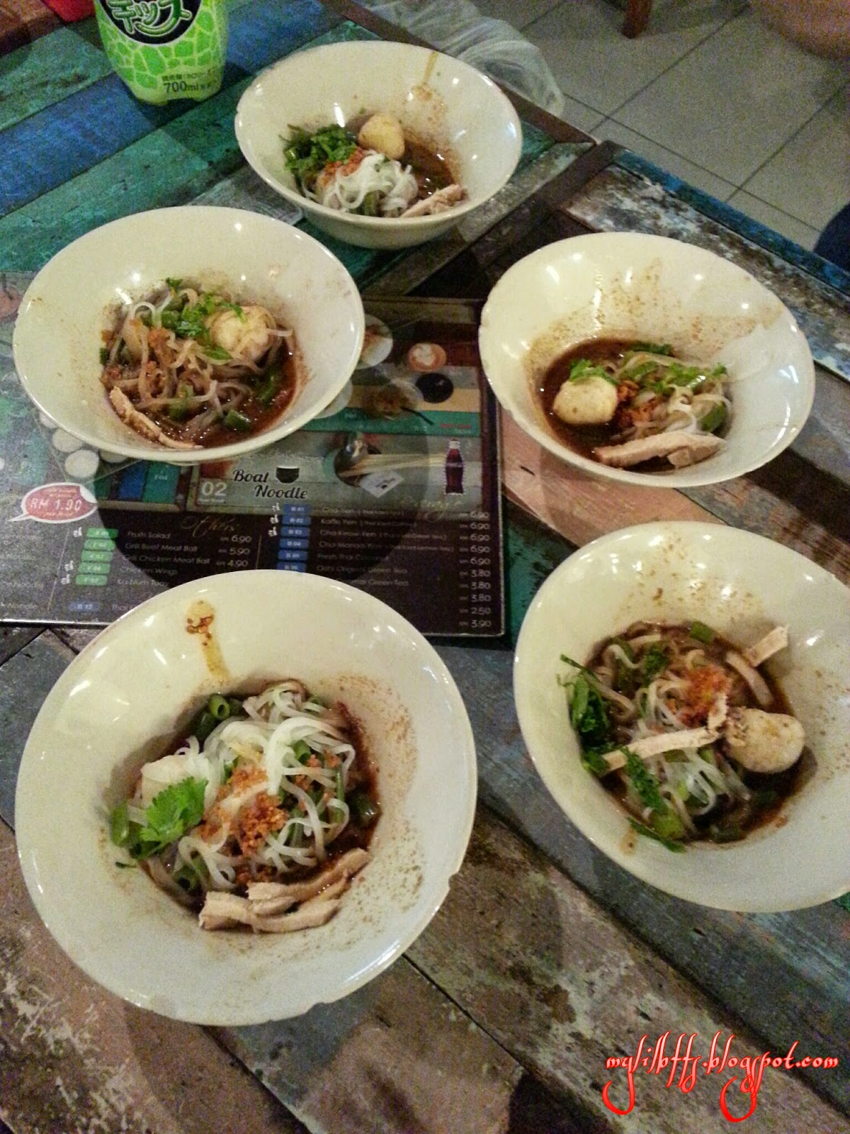 Beauty food the original boat noodle jaya one pj for Ayutthaya thai cuisine
