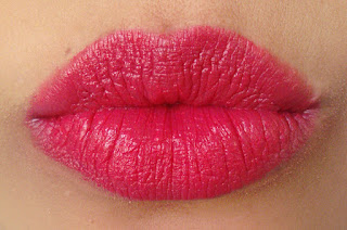 Silly 18 Lipsticks, Twilight glow, Silly18, coral lips, lipstick review, best lipstick reviews, beauty, beauty blog, nude lipstick, coral red lipstick, lipstick available in Pakistan, cheap lisptick, Lavish Insticts, reasonable lipstick price, red alice rao, redalicerao