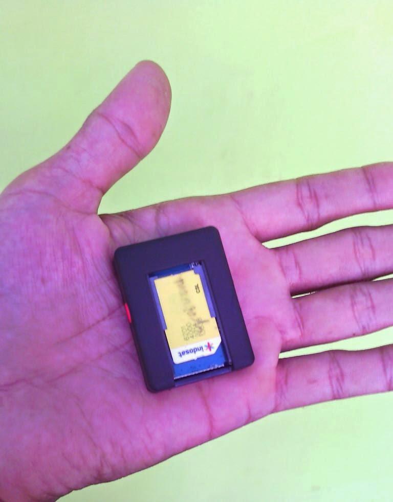 http://www.spycam007.net/2014/11/gps-tracker-mini-terkecil-didunia.html