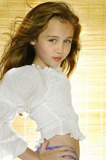 صورة ميلى كروز طفلة - miley cyrus child
