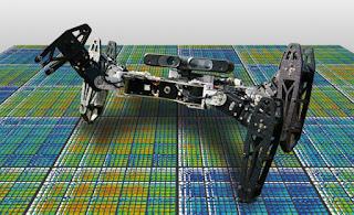 اختراع  روبوت  يتكيف مع الاضرار