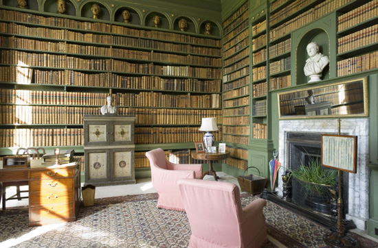 Bensozia English Country House Libraries