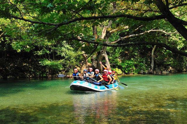 Πάμε για rafting...!