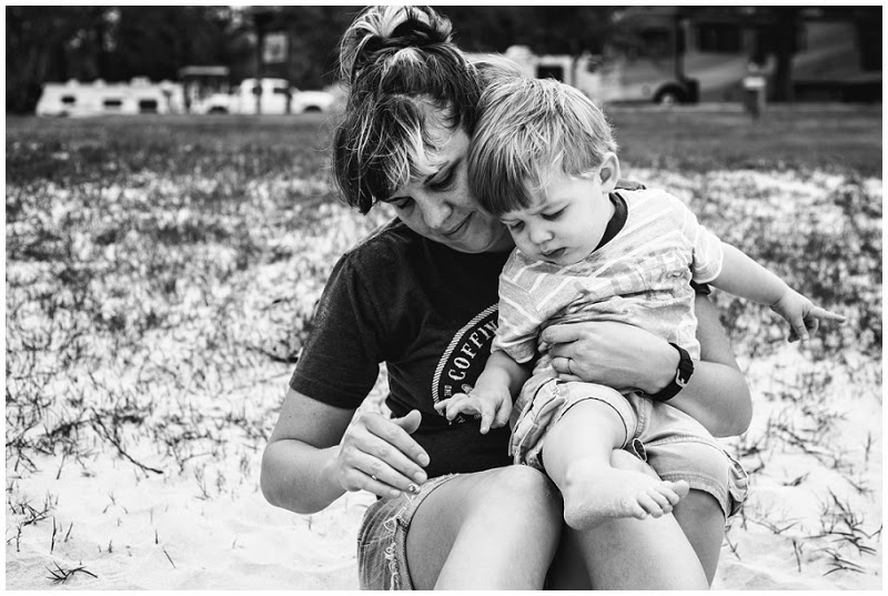camping, family vacation, jen faith brown photography, family photography, storytelling photography, grapevine texas, breakfast, cereal, dog,  mother and son, vineyard campgrounds, children photography