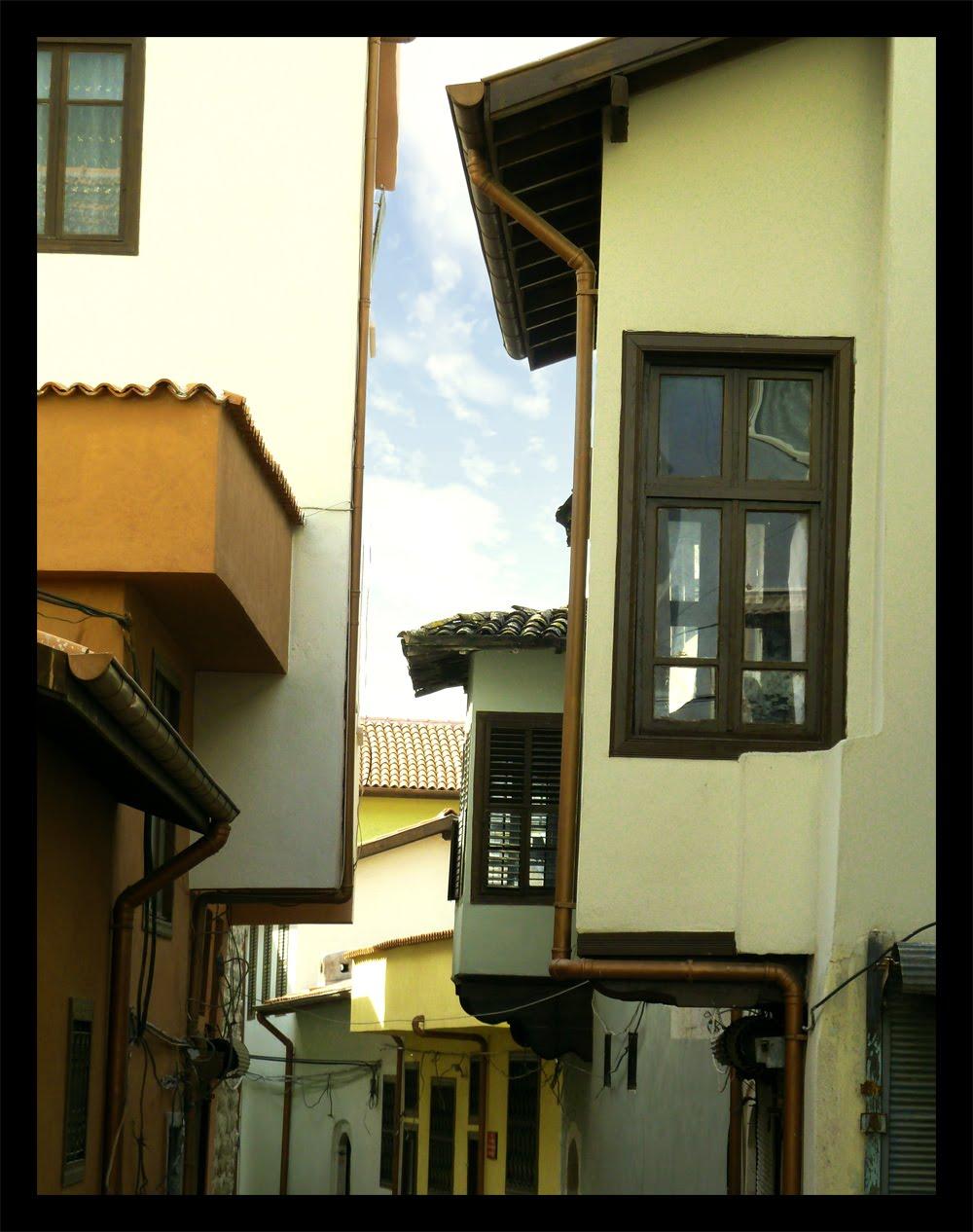 streets_of_antakya_cosiecosie