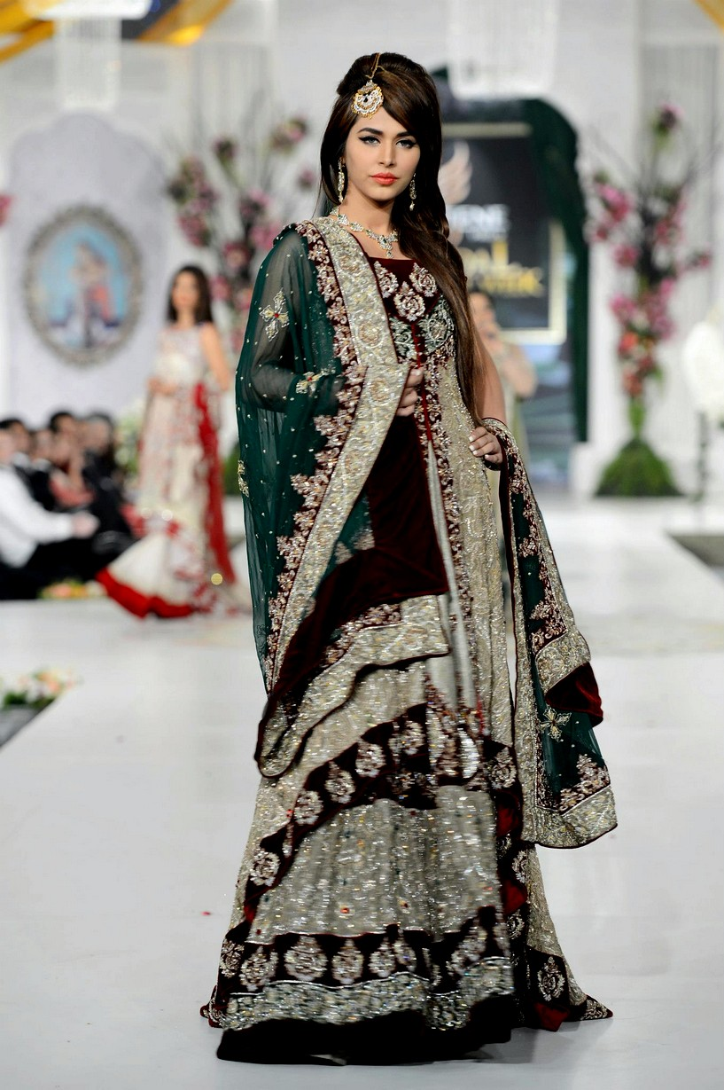 Pakistani Bridal Dresses Rani Emaan Bridal Dresses In Bridal Couture Week 360 She9 Change