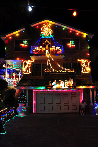 Christmas lights Hornsby shire