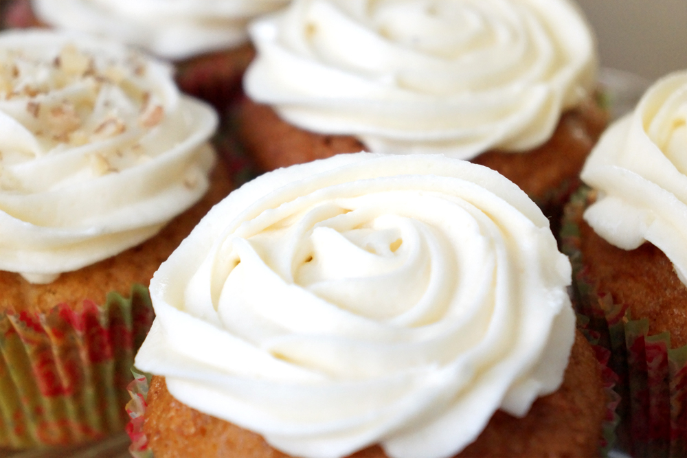 Sour Cream Frosting For Cupcakes