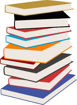 torre de libros almacenados