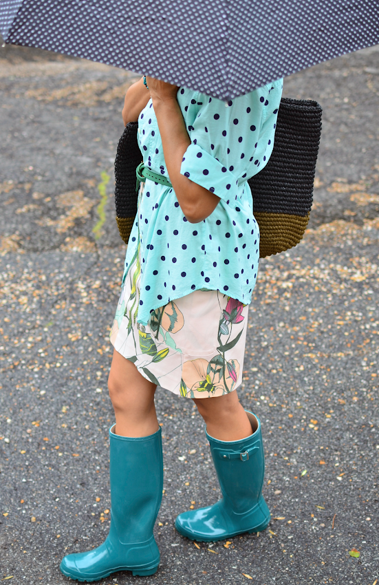 HUNTER BOOTS AND POLKA DOTS
