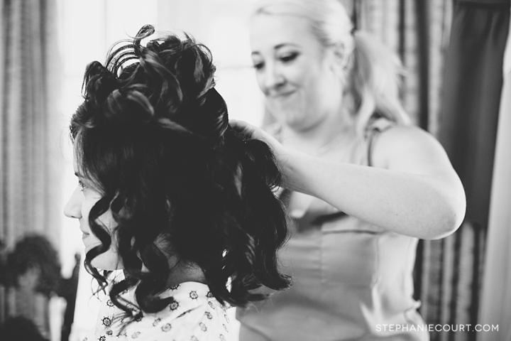 creative organic documentary wedding photography