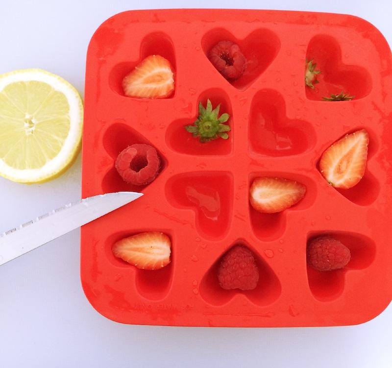 préparation glaçons aux fruits