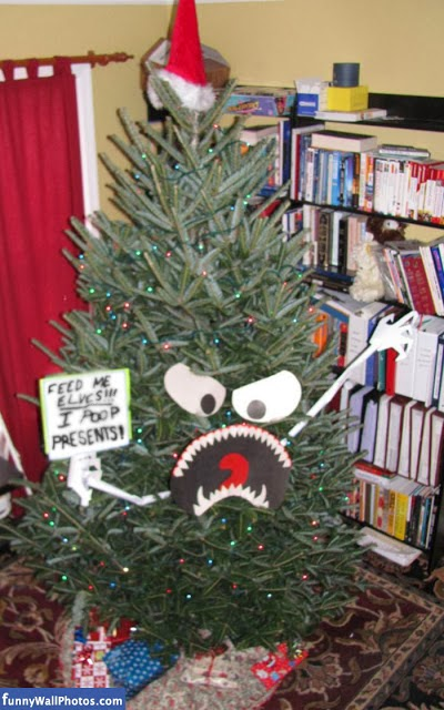 Evil Christmas Tree LOL