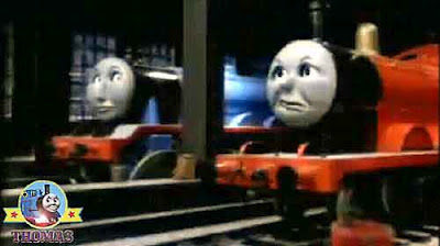 Big blue Gordon and James the red engine felt sorry for Thomas and friends Henry and the elephant