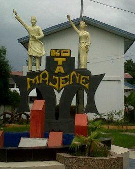 patung kota majene sulawesi barat
