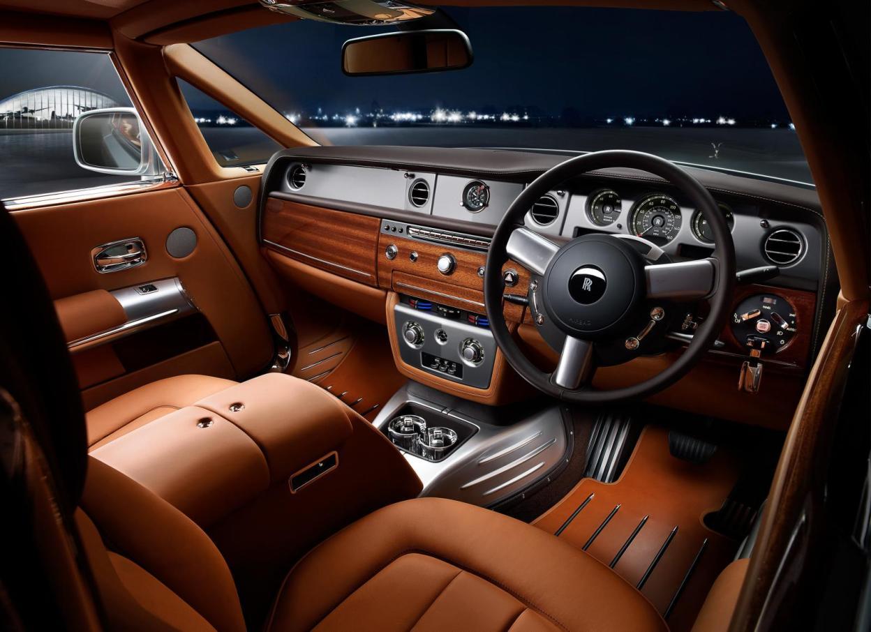 Rolls-Royce+Phantom+Coup%C3%A9+Aviator+2.jpg