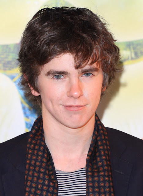 Freddie Highmore Height, Weight And Body Measurements