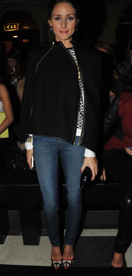 http://2.bp.blogspot.com/-kbxr3mM4pjw/UR-nE4IEJLI/AAAAAAAAPe8/gd_jBB8pxTQ/s1600/olivia-palermo-frow-london-fashion-week-sass-bide-2013.jpg