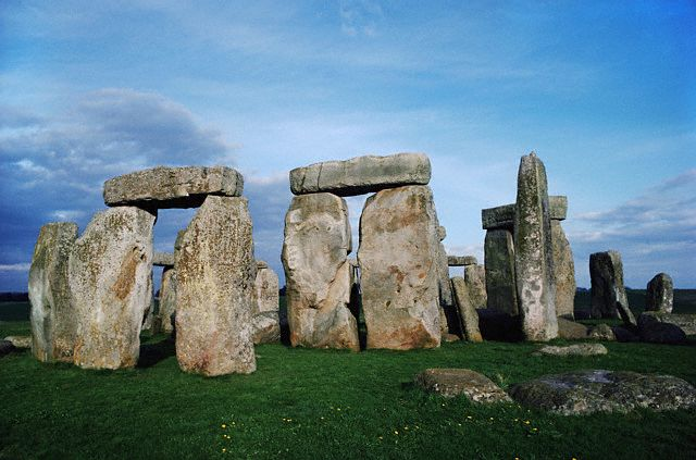 famous buildings. Simple Famous This English Heritage Is Word Wide Famous For Its Architectural  Significance Stonehenge Ruins Has Been Awarded As The U201cMost  To Famous Buildings