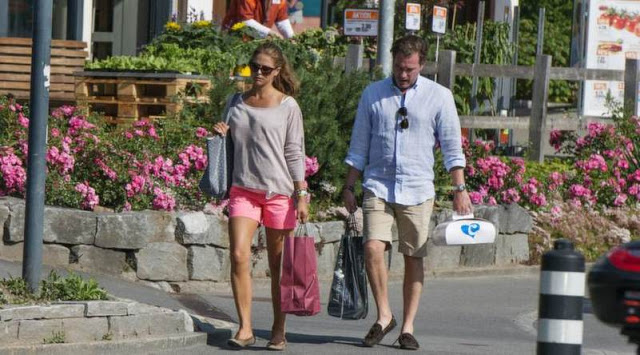 Princess Madeleine and Chris O'Neill on holiday in  Switzerland