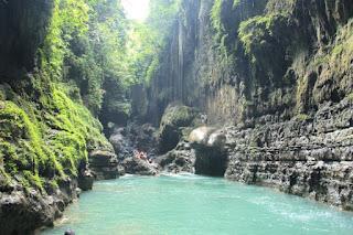 indahnya green canyon pangandaran