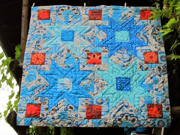 http://sunshinequilting.blogspot.com/
