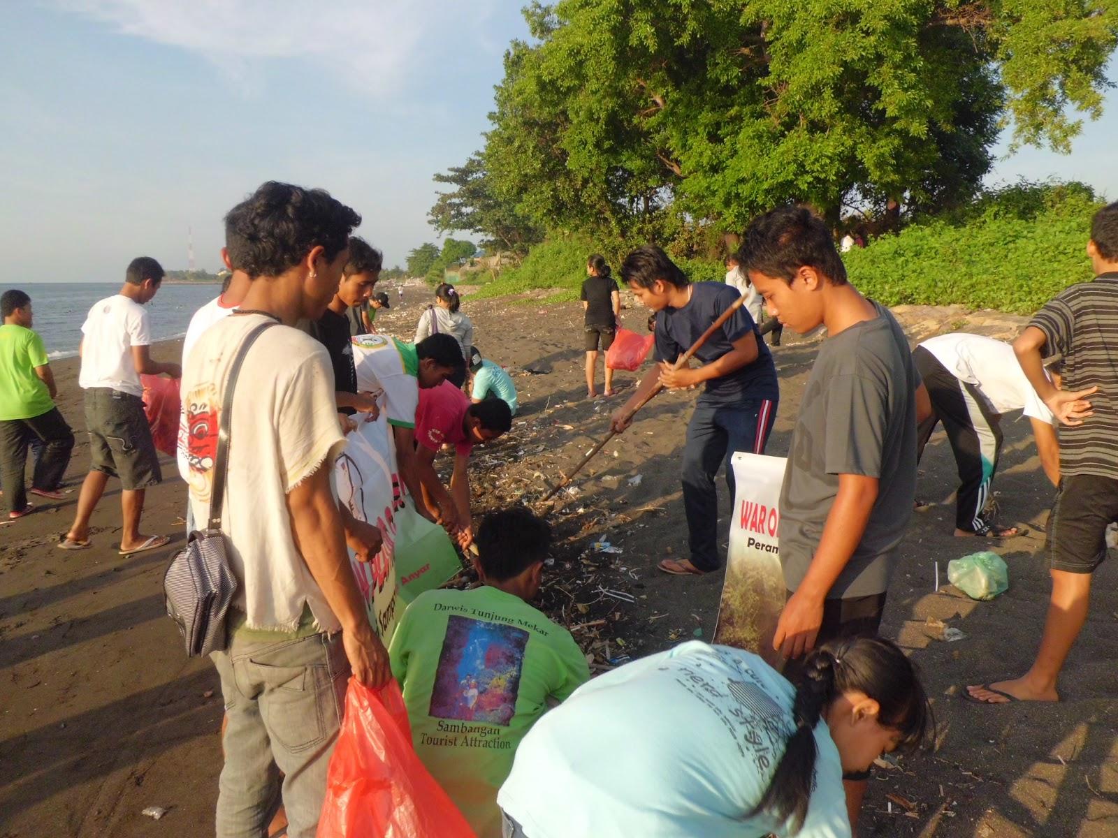 Cara Super Indo Minimalisir Kantong Plastik