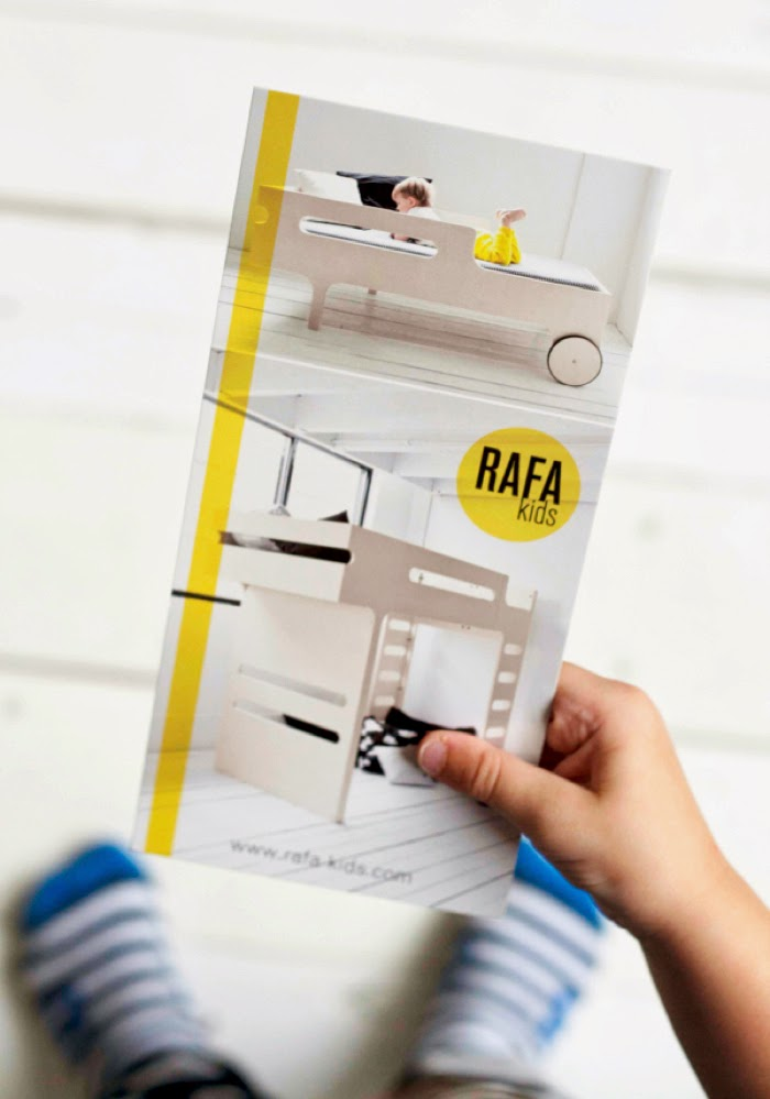 Rafa-kids postcard