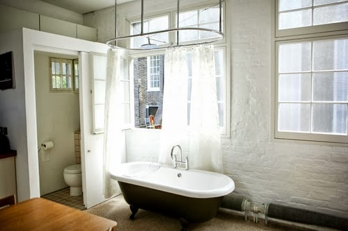 16-1st-Floor-Studio-Mews-Apartment-Camden-London-UK-Skylight-Roof-Terrace-Garden