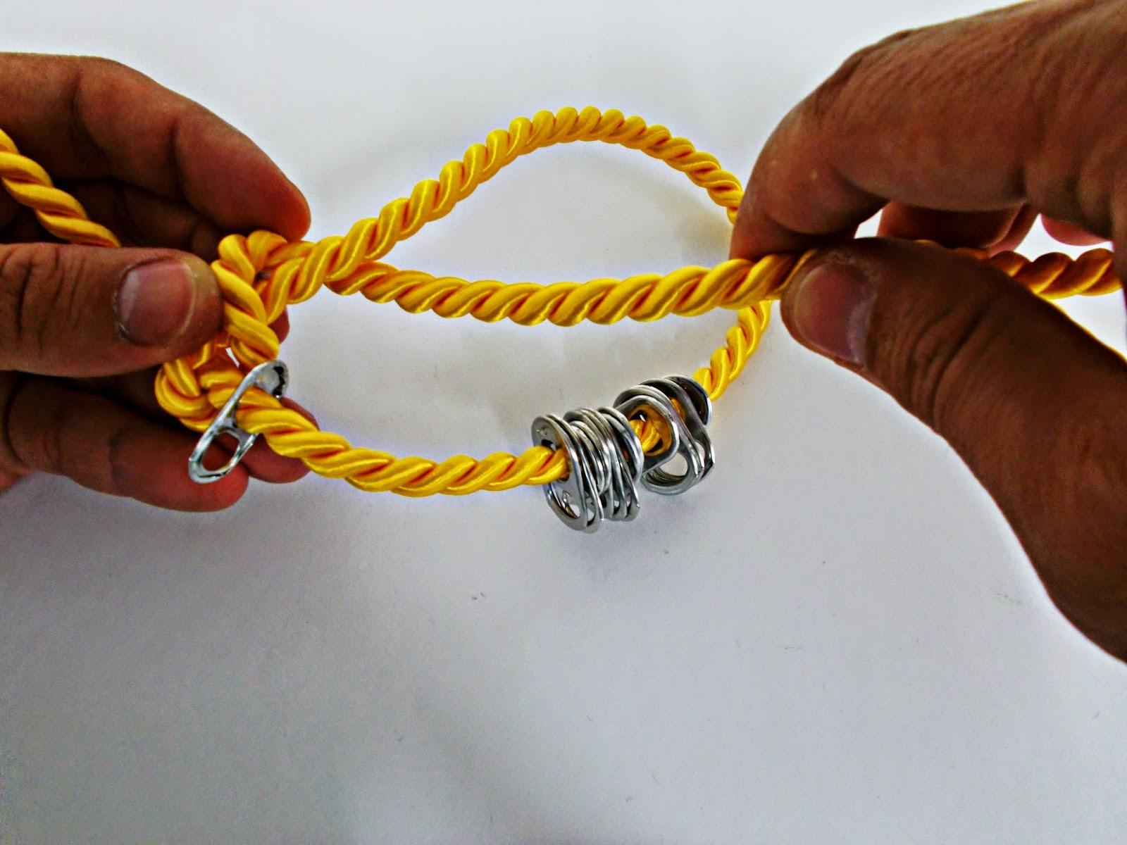 DIY-collar nudos-bisutería-hebillas refrescos-reciclar-reutilizar-4