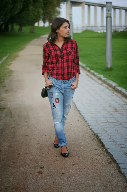 http://ilovefitametrica.blogspot.pt/2013/10/pached-jeans.html#more