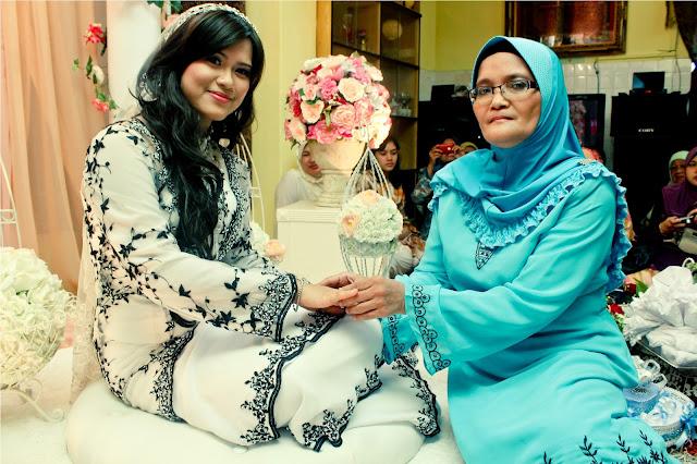majlis pertunangan hafizuddin & faraziana 4