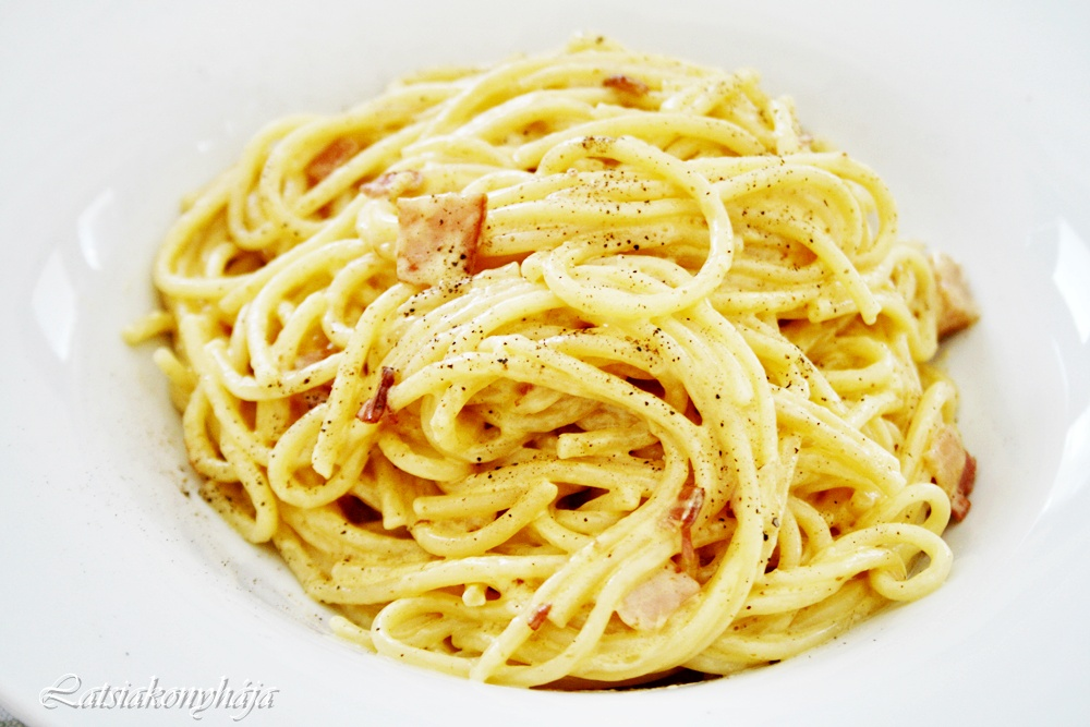 spaghetti with garlic and oil pasta carbonara the silkiest carbonara ...