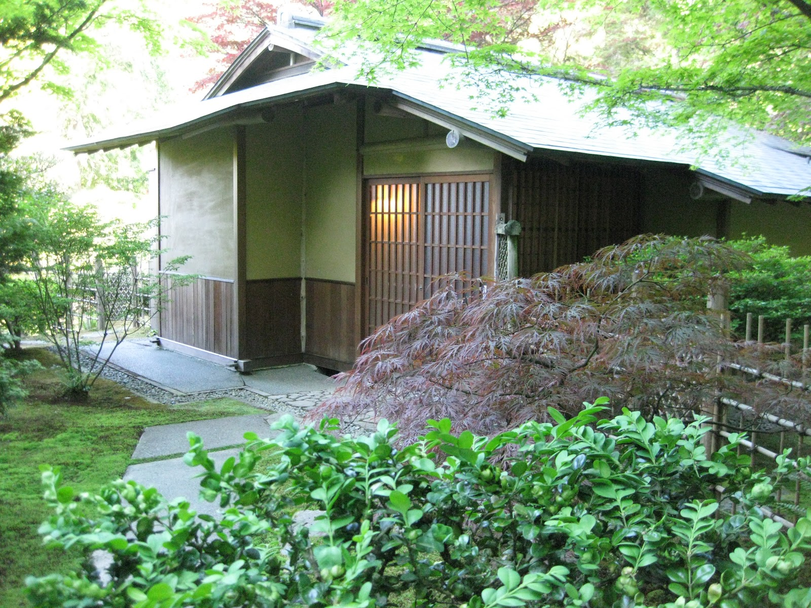 Image gallery japanese tea house tacoma for Japanese garden room