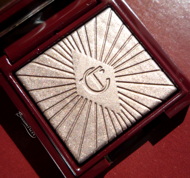 Review, photos and swatches of Charlotte Tilbury Nocturnal Cat Eyes To Hypnotise in The Huntress
