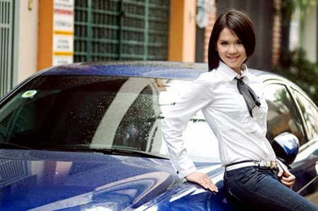 Model Ngoc Trinh