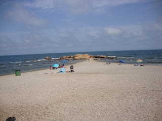 Cala La Buena sand promontory