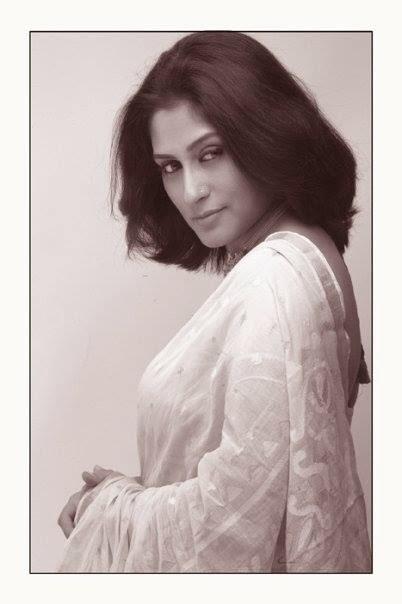 Sexy Bengali Actress