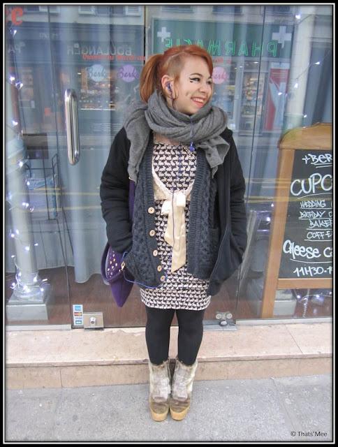 Metilde Berko Paris cupcakes, robe imprimé lapins H&M, pull gris