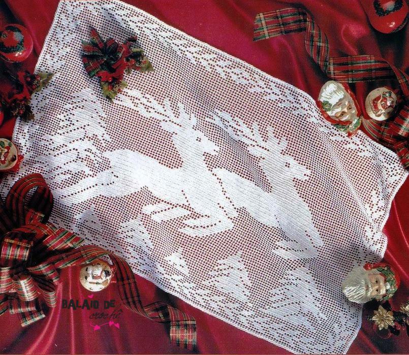 Toalhinha de natal em crochê