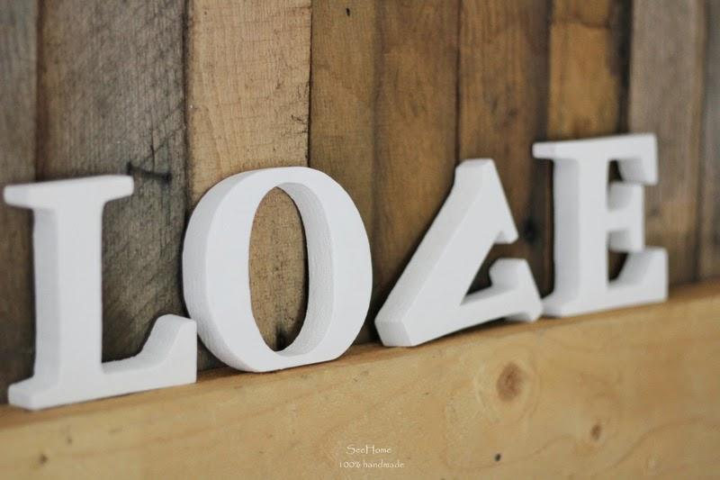 Napis love,Drewniane dekoracje