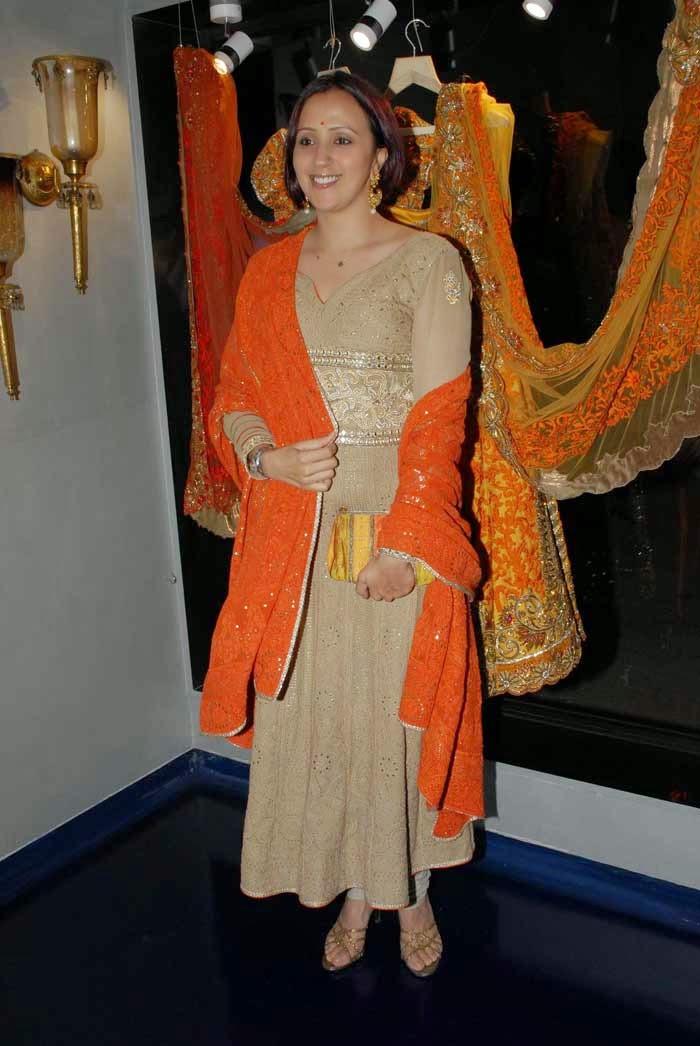 Ishita Arun at Mayyur Girotra Couture