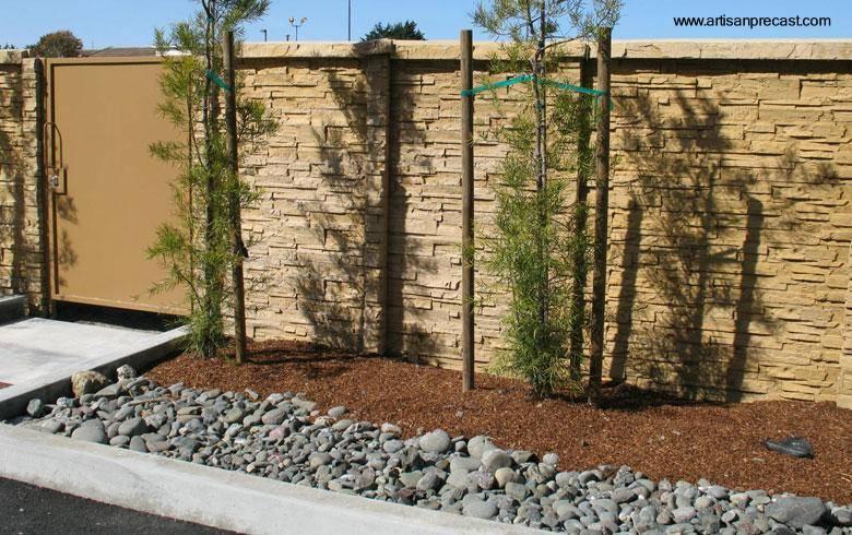 Arquitectura de casas muros exteriores y perimetrales de - Piedra para exteriores casas ...