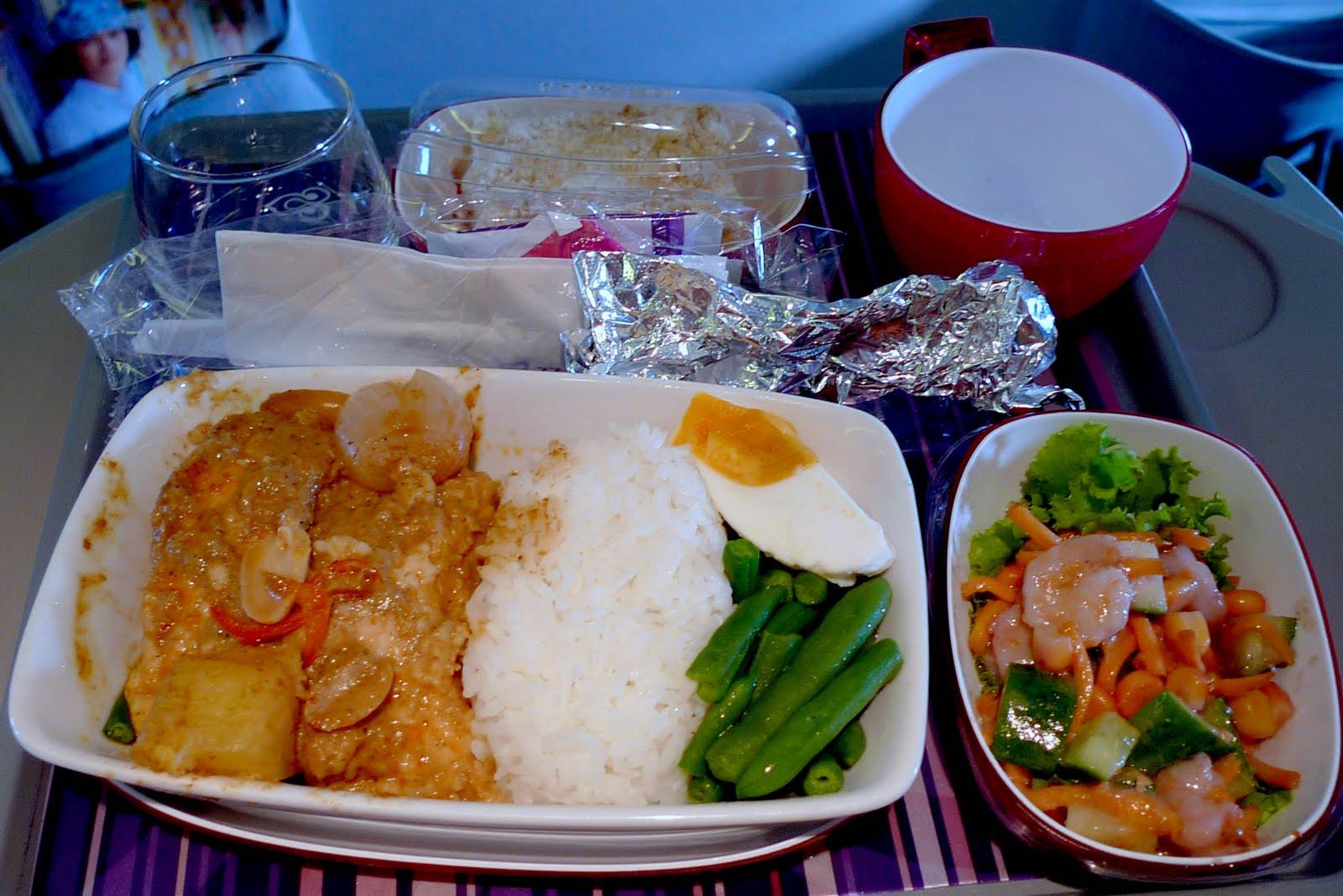 Bangkok 2011 thai airways food for Air thai cuisine