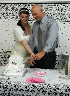 Cutting the Cake Wedding